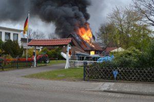 pol std garagenbrand in buxtehude 300x199 - Garagenbrand in Buxtehude